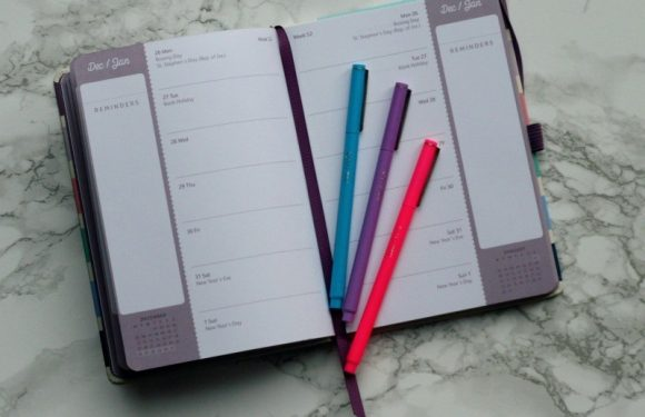 4 Reasons Why you should have a School Diary