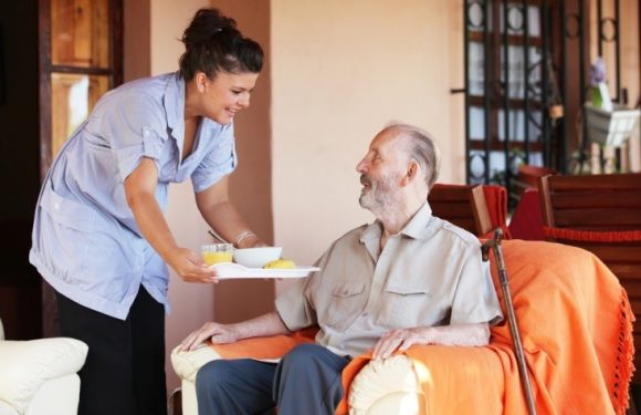 Ways to Reduce your Senior's Risk of Bathroom-Related Injuries