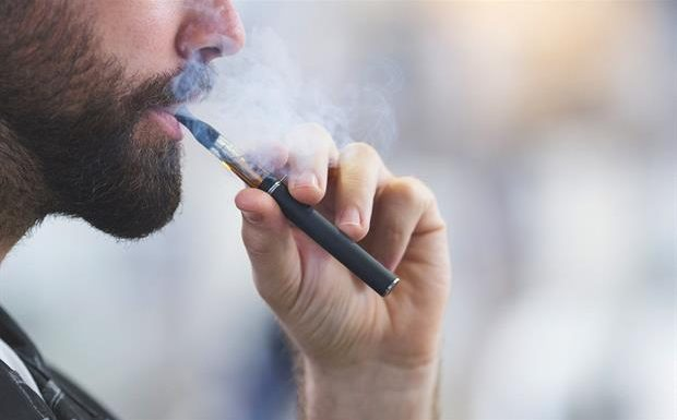 E-Cigarettes Are Used By Smokers to Try To Quit Smoking